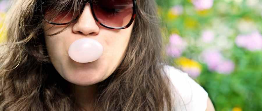 口香糖被吞入胃里一般会怎么样