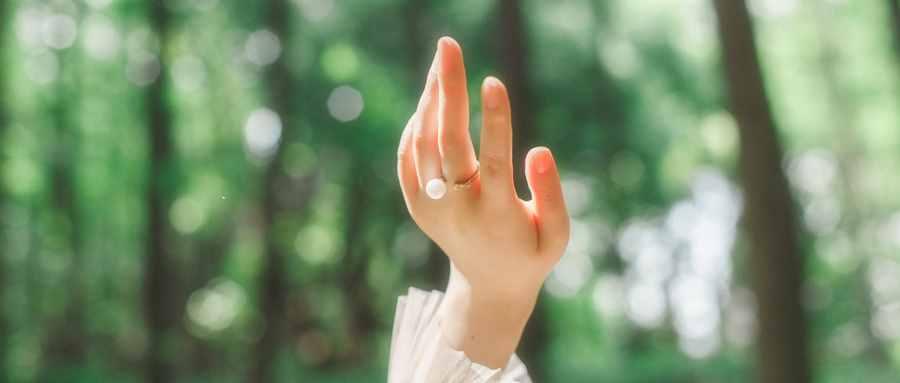 为什么手指水泡久了会皱