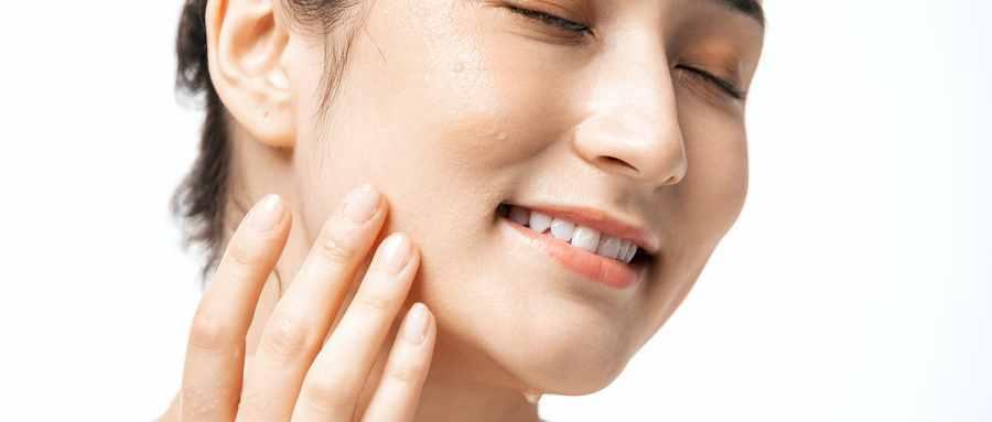 正确的洗脸护肤步骤