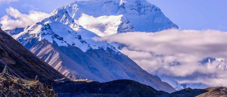 世界第一高峰是什么峰