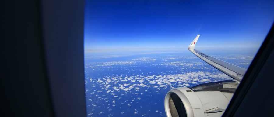第一次坐飞机会吐吗